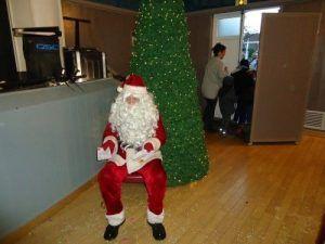 Le père Noël attend a Hersin coupigny