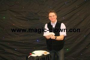 Magicien pour diner arbre de noêl