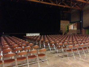 L'espace Concorde, le jeune public va arriver pour assister au spectacle Magiclown