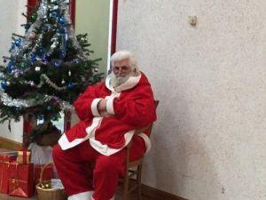 Le pére Noël qui attend
