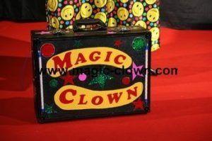 La valise magique Magic clown