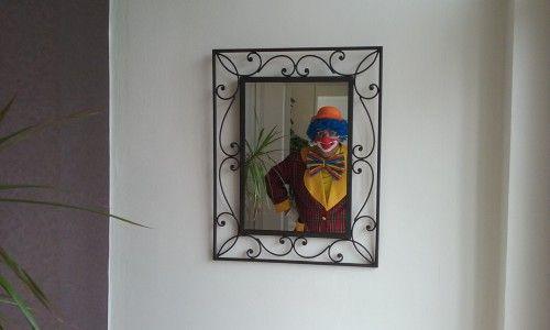 Mario qui s'admire dans le miroir