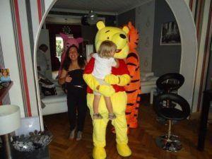 Arthur dan les bras de Winnie