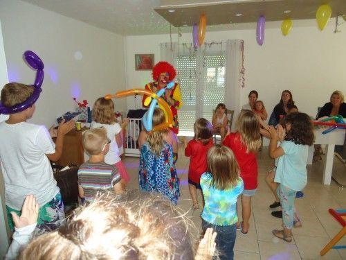 La danse des clowns à domicile