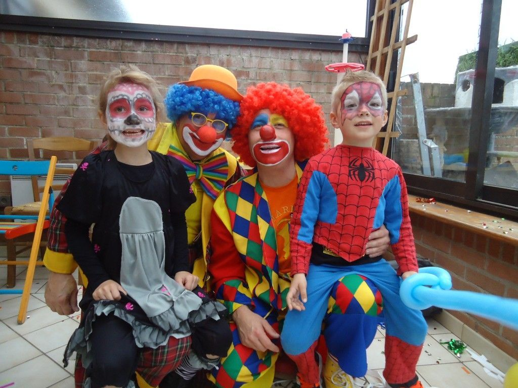 Les magic clowns avec Lisa et Léo
