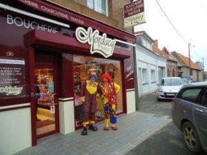 Les Magic Clowns vont acheter du boudin blanc chez Mordacq