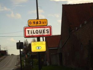 Les Magic clowns arrivent à Tilques à coté de Saint Omer