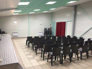 La salle est prête pour le spectacle