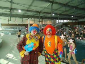 Nos clowns Mario et Charly's nos clowns au centre aquatique Scénéo