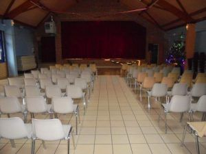 Le public va arriver pour assister au spectacle Magiclown