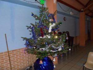 Le sapin de Noël de la salle polyvalente de Monchy le Preux