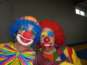 Les clowns Mario et Charly's avant de commencer le spectacle Magiclown