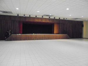 la salle des fêtes de montigny