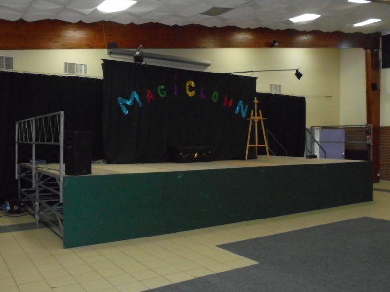 Spectacle de clown dans le nord et pas de calais pour enfants for Magic renov tout pret