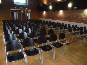 La salle de spectacle est prête, le public va arriver